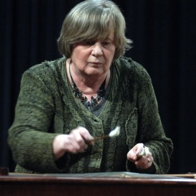 Renée van Erven Dorens-Hudig op de marimba